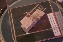 Model of airplane which can take off vertically. The principle used in todays Harriet jets.