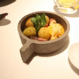 Olives and gelatin