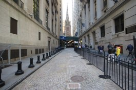 Church close to Wall Street